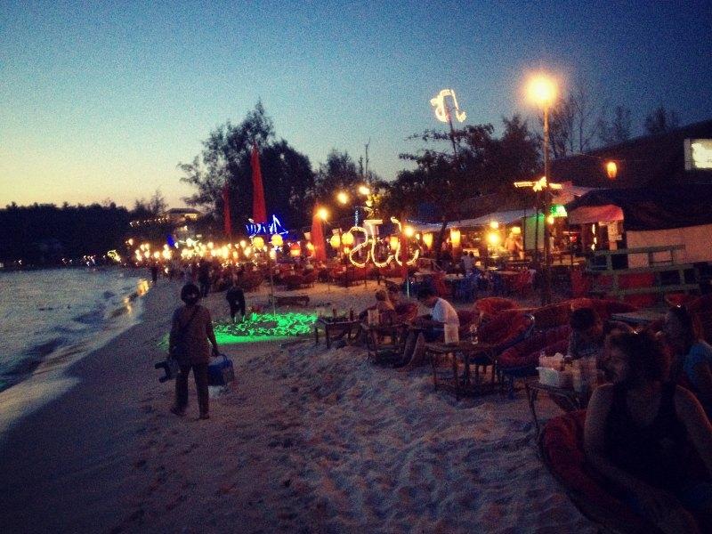 Nachtleben am Strand von Sihanoukville