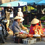 Auf dem Markt von Hoi An