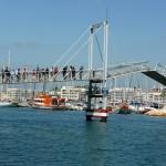 Fußgängerbrücke im Yachthafen