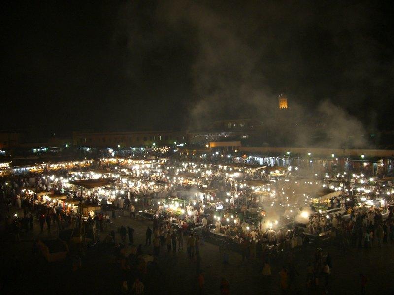 Djemaa el Fna bei Nacht