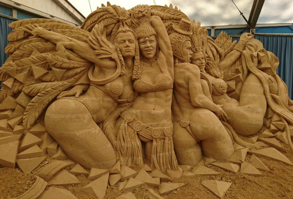 Sandskulpturen Festival Usedom: Karneval in Rio