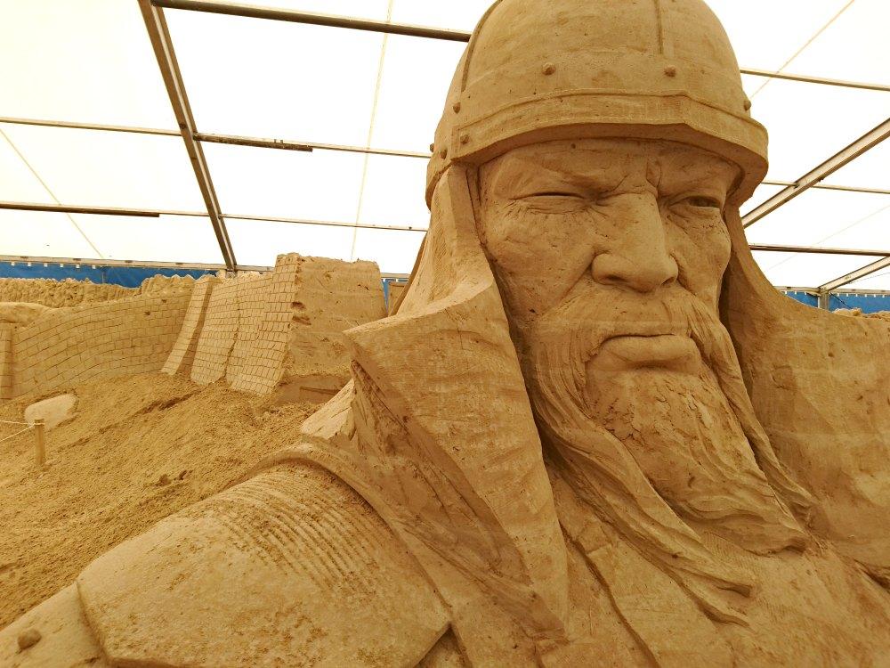 Sandskulpturen Festival Usedom: Dschingis Khan