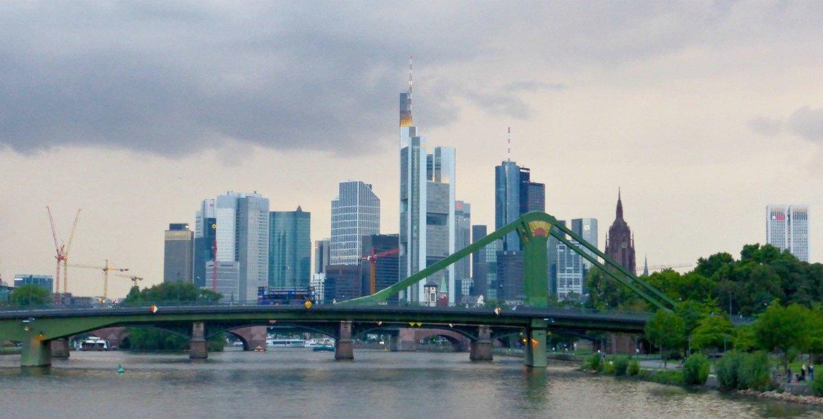 Skyline der Main-Metropole Frankfurt