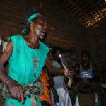 Malawi: Besuch beim Medizinmann