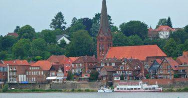 Lauenburg an der Elbe: Yoga-Wochenende in der Jugendherberge