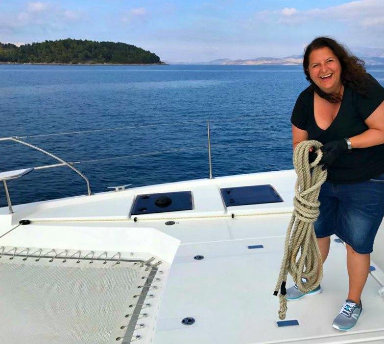 Segelurlaub Korfu: Handlangerarbeiten beim Segeln