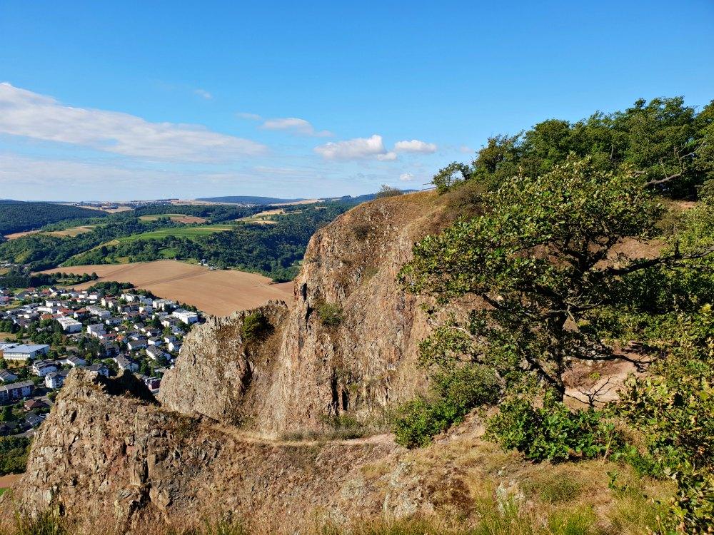 Aussichtspunkt Rotenfels mit Blick aufs Nahetal