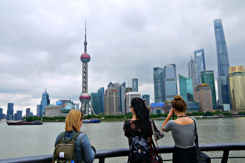 In 20 Fotos um die Welt: Uferpromenade The Bund in Shanghai