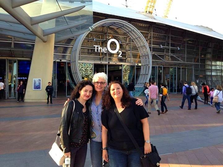 Eingang zu The O2 in London: Vor dem Elbow Konzert