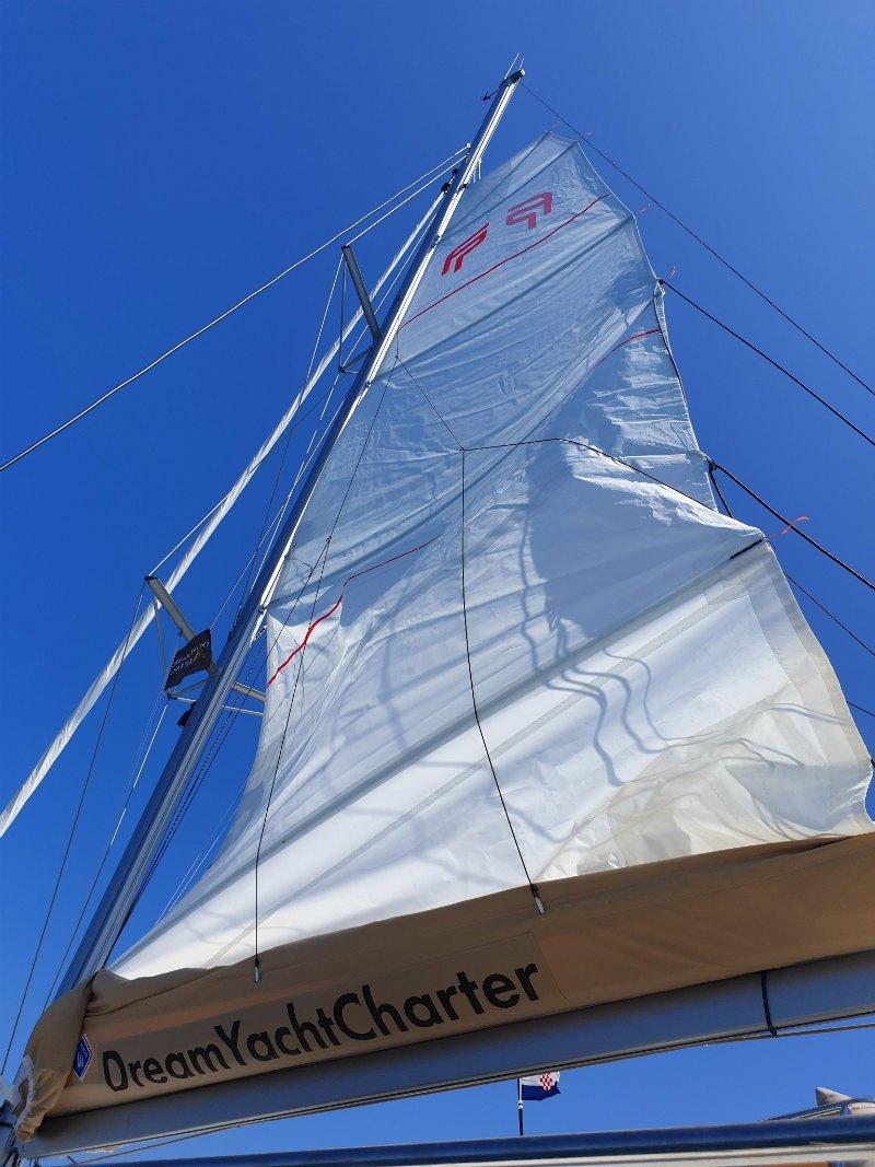 Segelurlaub in Kroatien: Yachtcharter / Bareboat Charter