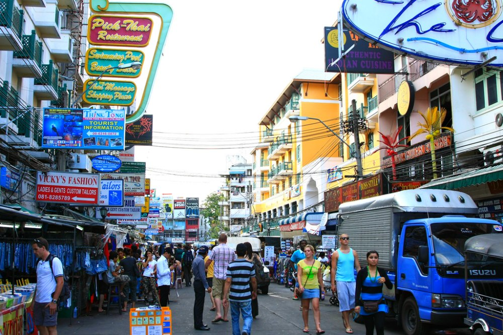 Touri-Hot-Spot Khao San Road in Bangkok