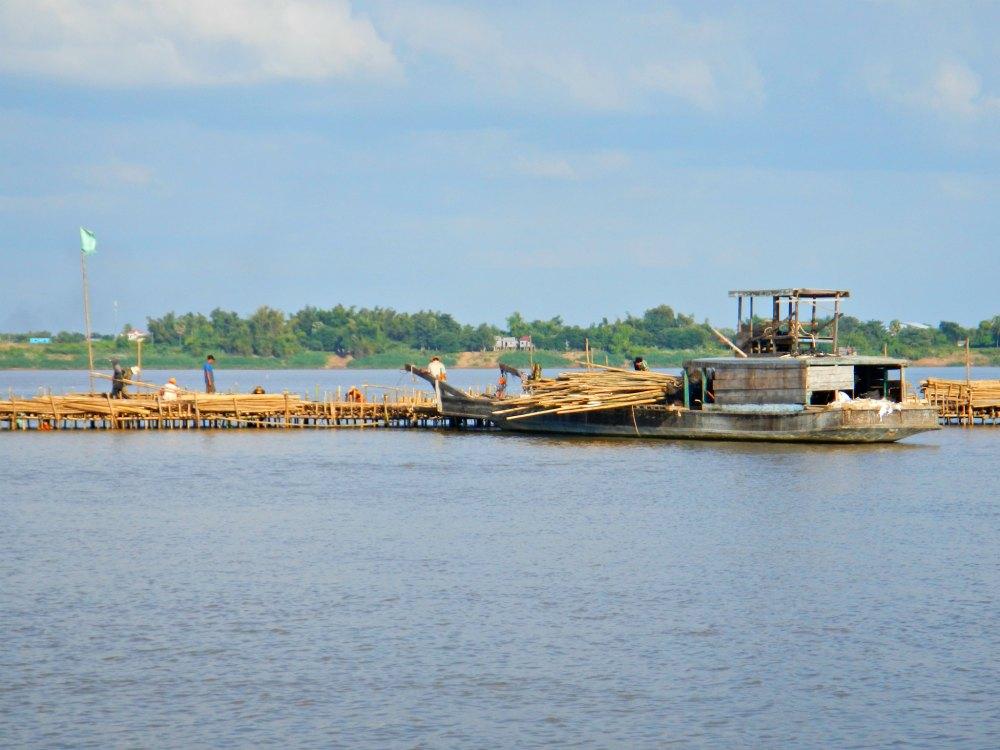 Bamboo Bridge im Bau