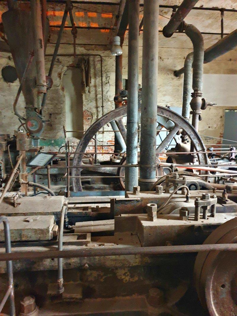 Brikettfabrik Herrmannschacht: Brikettpresse