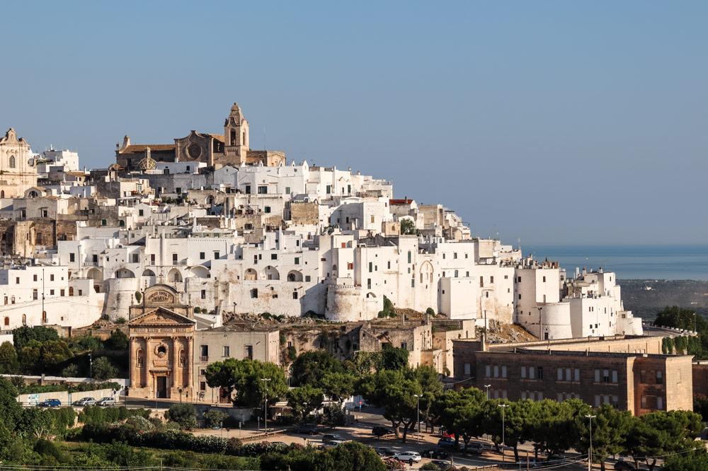 Ostuni in Apulien | Bild: Phototravellers