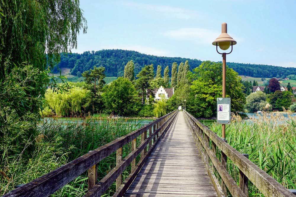 Brücke zur Klosterinsel Werd | Bild: Tips4Travellers