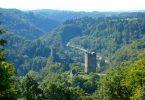 Wanderung auf dem Manderscheider Burgenstieg in der Vulkaneifel