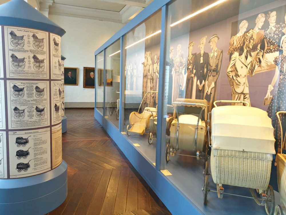 Deutsches Kinderwagenmuseum: Auf den Spuren der ZEKIWA-Kinderwagenproduktion