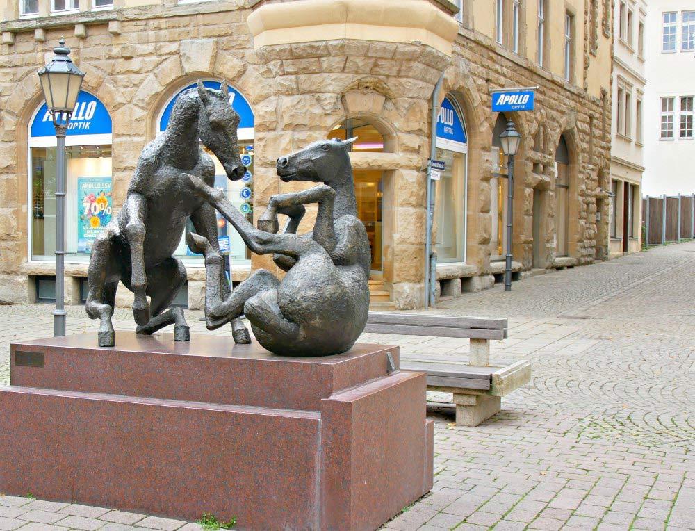 Pferdeskulptur am Roßmarkt