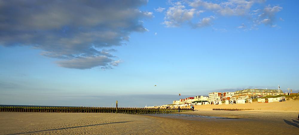 Strand und Inseldorf Wangerooge | Bild: Reiselust Mag