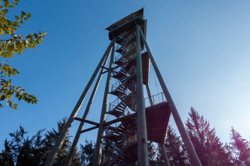Aussichtspunkt Hündersedel-Turm | Bild: a daily travel mate