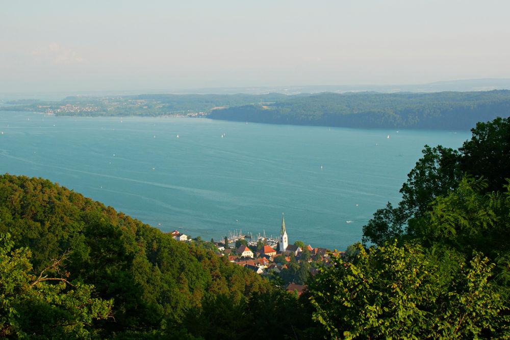 Blick über den Bodensee vom Haldenhof aus