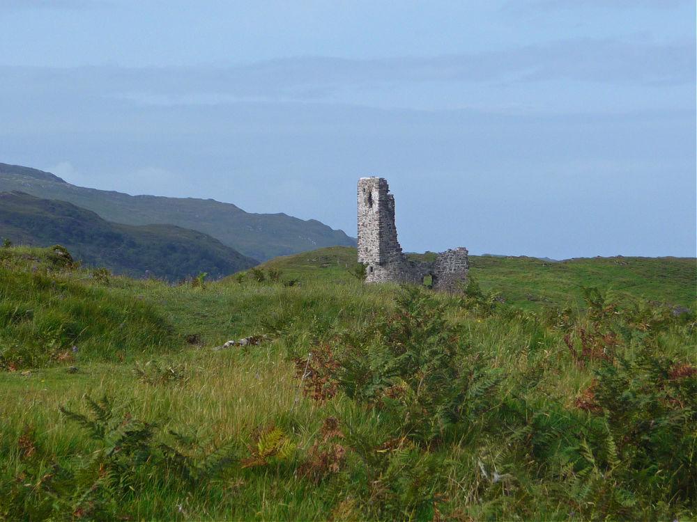 Sagenumwobenes Ardvreck Castle in Schottland