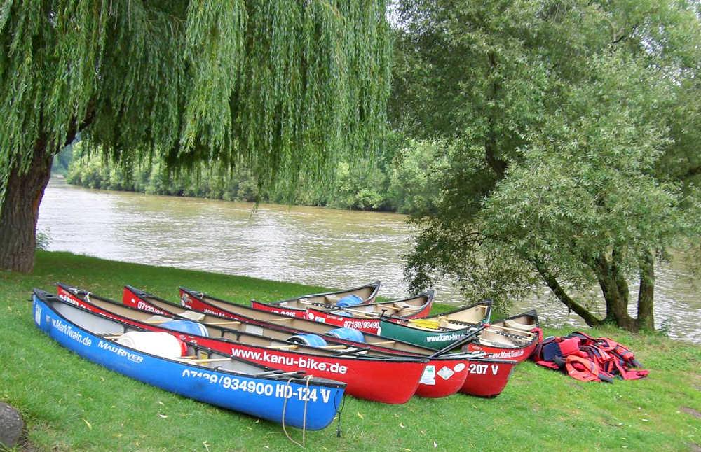 Start der Kanutour auf dem Neckar in Bad Wimpfen