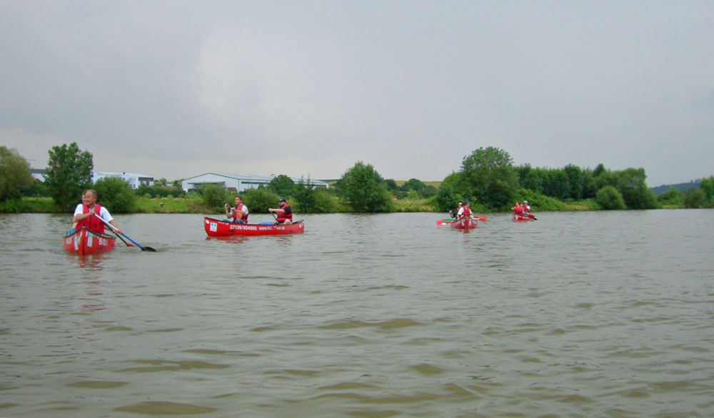 Mit dem Kanu auf dem Neckar