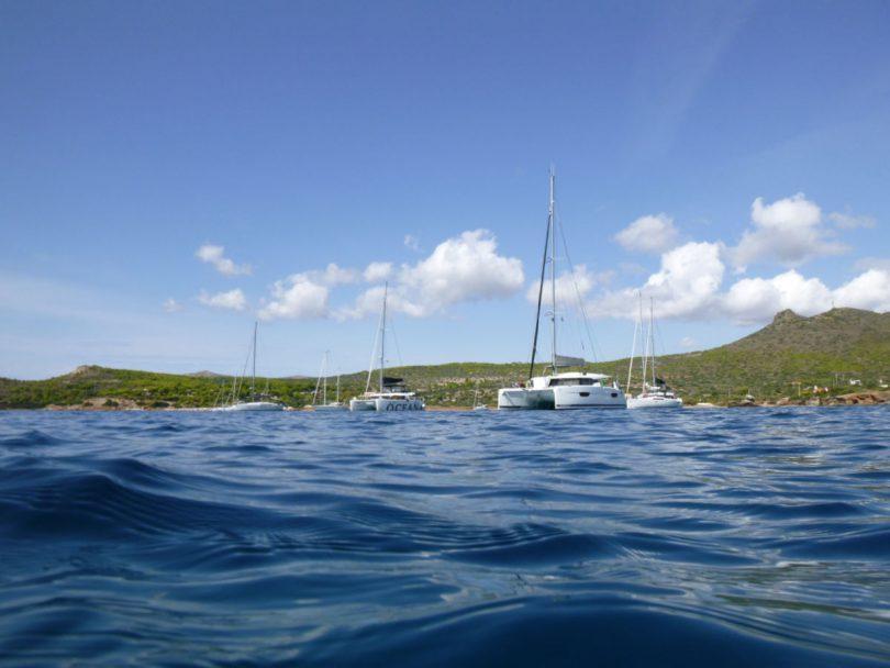 Inselhüpfen in Griechenland: Segeln im Saronischen Golf und zu den westlichen Kykladen